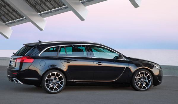 opel-insignia-opc-unlimited-familiar-sports-tourer
