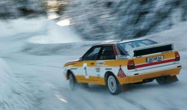Audi-quattro-derrape-trasera