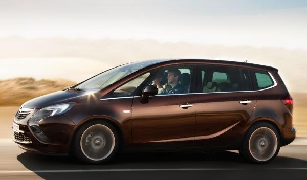 Opel Zafirar Tourer lateral
