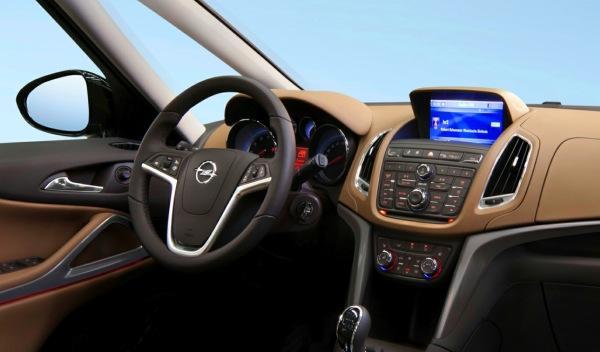 Opel Zafirar Tourer interior