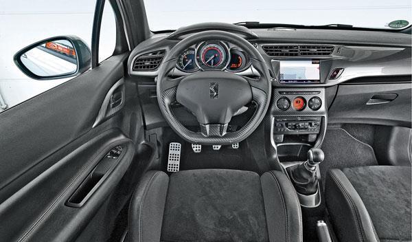 Citroën DS3 interior