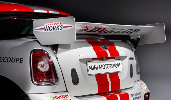 Mini Cooper Works Coupé Endurance alerón