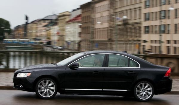 Volvo-S80-movimiento-lateral