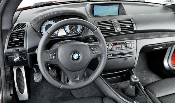 BMW-Serie-1-M-Coupe-interior