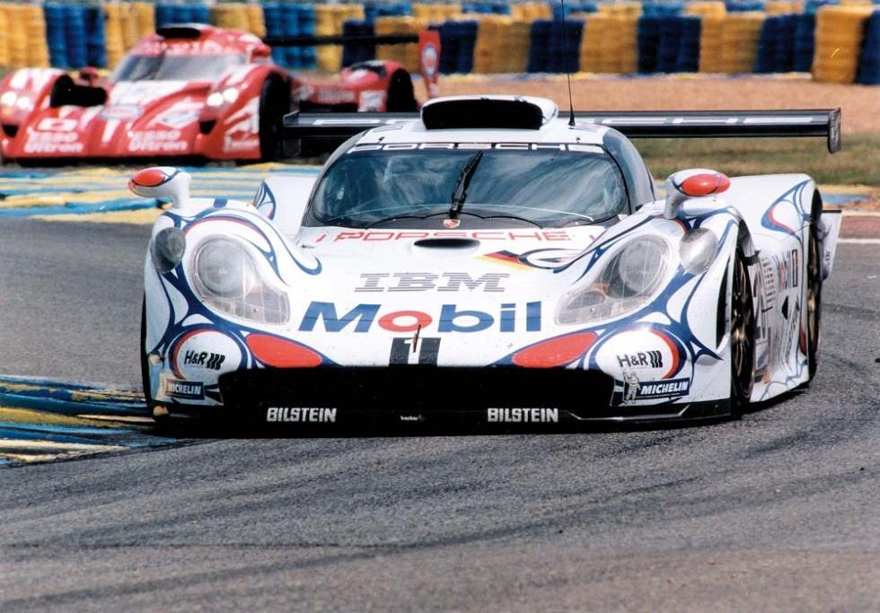 porsche-911-gt1-1998
