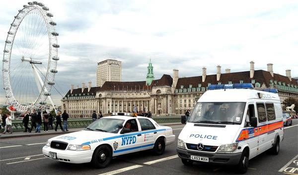 coches de policía americanos en reino unido