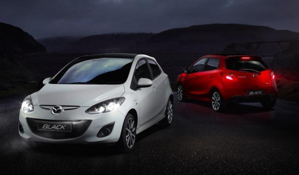 Mazda-2-Black-edition-02
