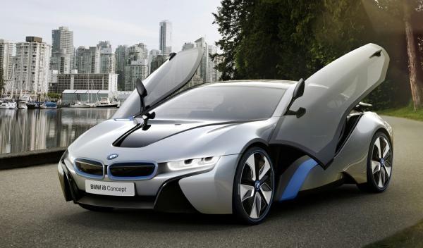 BMW i8 frontal puertas abiertas