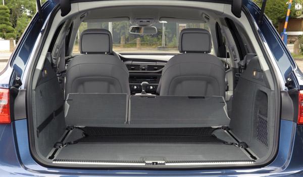 Audi-A6-Avant-Interior-Maletero