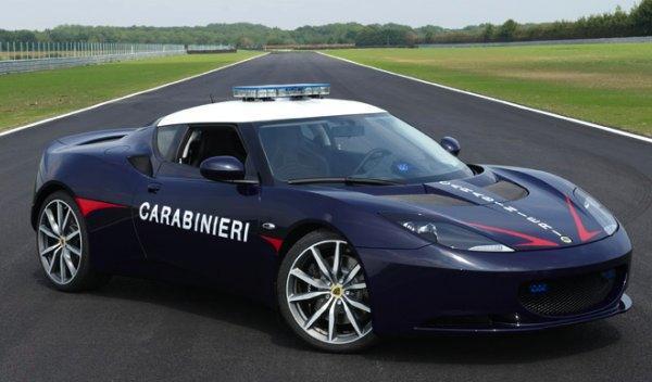 Lotus Evora S Carabinieri frontal