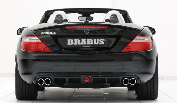 Brabus-Mercedes-SLK-Trasera-Difusor-escape