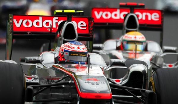 J. Button/L. Hamilton-McLaren