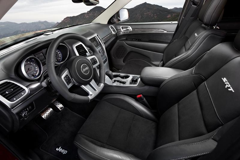Jeep Grand Cherokee SRT8 interior. Salón Frankfurt 2011