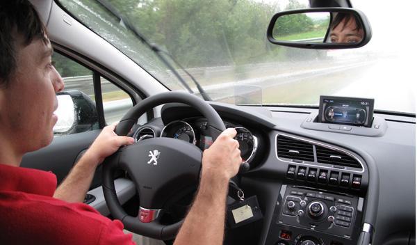Peugeot 3008 Hybrid4 habitáculo
