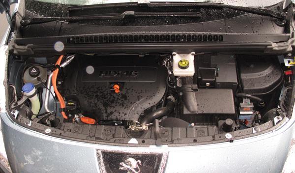 El Peugeot 3008 Hybrid4 usa un 2.0 HDI FAP
