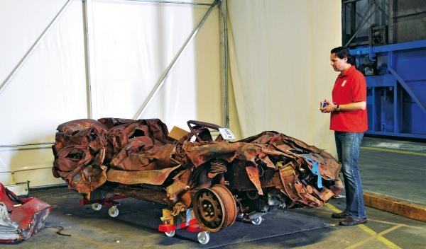 La devastación del 11-S queda patente en el estado de este vehículo