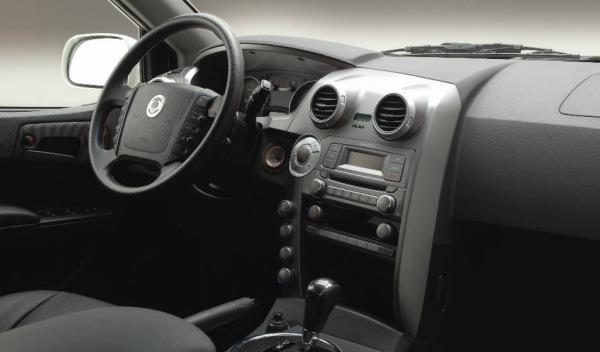 SsangYong- SUT1-interior