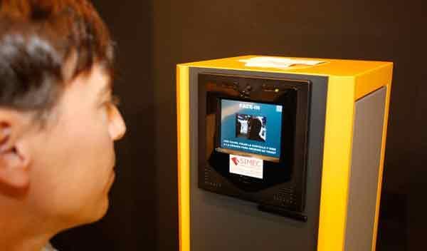 Control facial para acceder al aparcamiento Trafic 2011