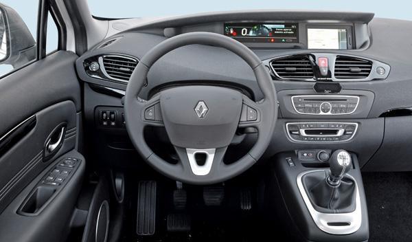 Renault-Scenic-dci-130-interior