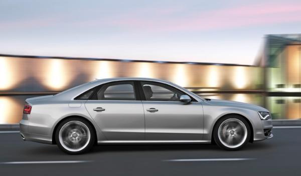Lateral del Audi S8