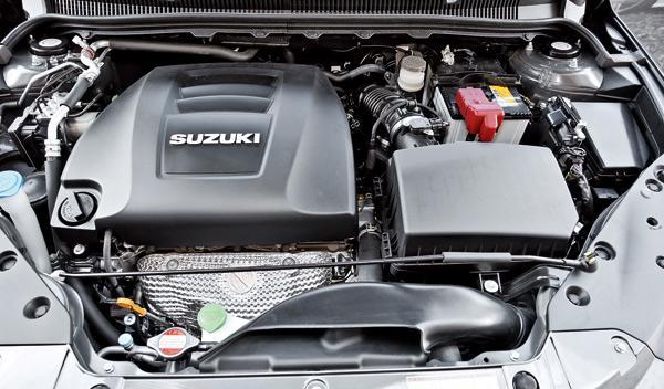 Suzuki Kizashi Sport motor
