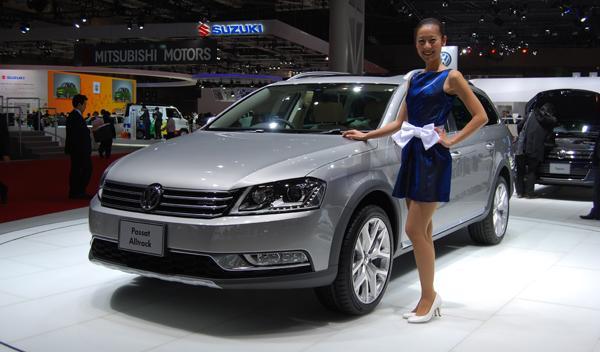 Volkswagen Passat Alltrack frontal. Salón de Tokio 2011