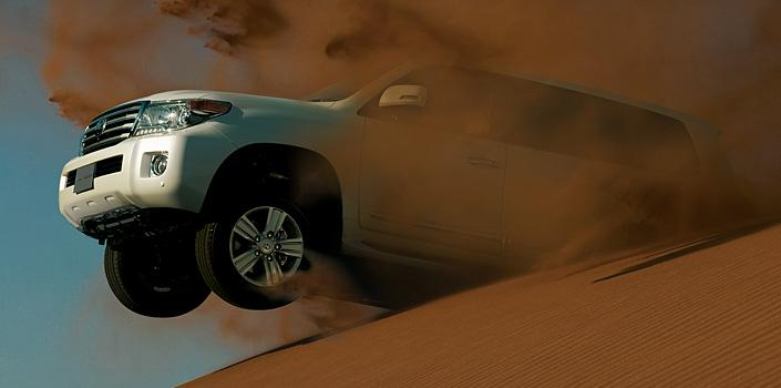 Nuevo Toyota Land Cruiser 200 lateral