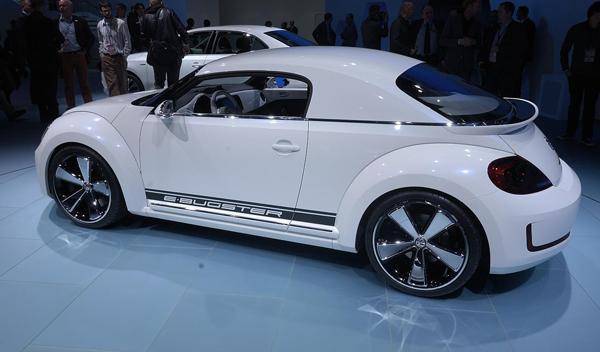 Volkswagen E-Bugster, prototipo eléctrico del Bettle salon detroit 2012