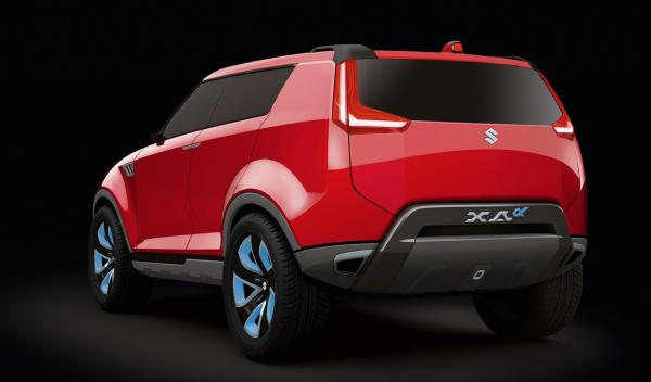 nuevo Suzuki XA Alpha trasera