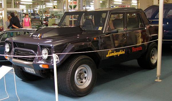 Lamborghini LM002 Megaupload