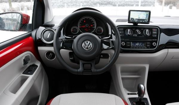 Volkswagen up! 5p interior
