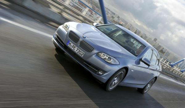 BMW ActiveHybrid 5 frontal