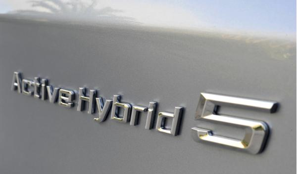 BMW ActiveHybrid 5 distintivo