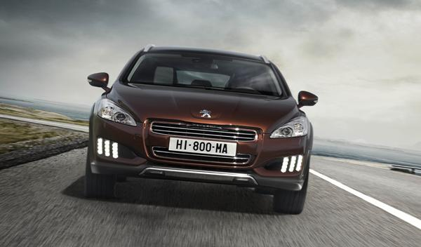 Peugeot 508 RXH frontal con 'led'