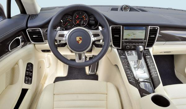 Porsche Panamera Dieseñ salpicadero