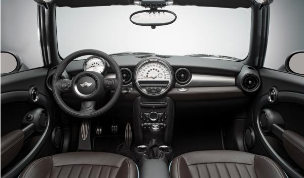 Mini Cabrio Highgate interior