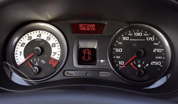 Renault Clio RS Gordini relojes