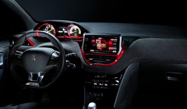 Peugeot 208 GTI Salón Ginebra interior salpicadero