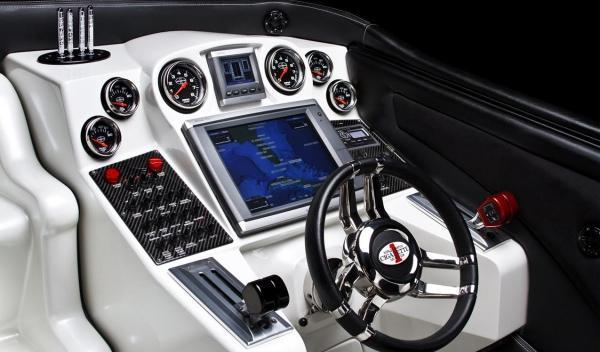 AMG Black Series 50'Marauder Cigarette interior