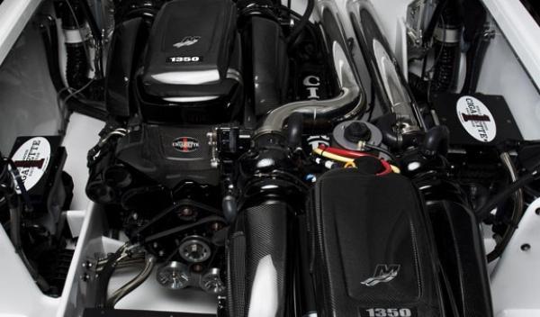 AMG Black Series 50'Marauder Cigarette motor