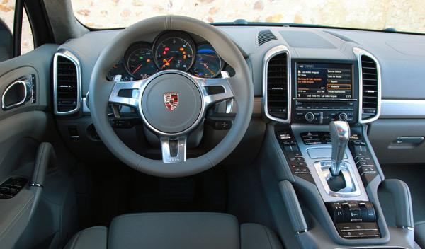 Porsche Cayenne D