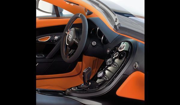 Bugatti Veyron Grand Sport Vitesse interior