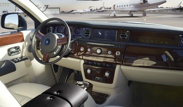 Rolls Royce Phantom Series II Salón Ginebra Drophead Coupé interior salpicadero