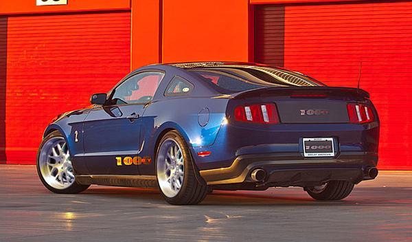 Shelby 1000 2012 trasera