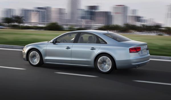 Audi A8 hybrid emisiones perfil