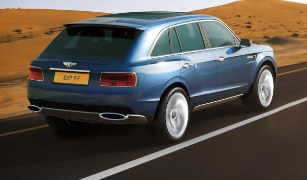 Trasera del Bentley EXP 9 F Concept