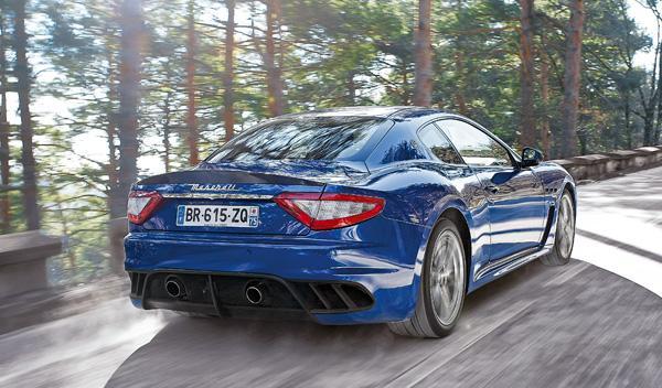 Maserati Gran Turismo MC Stradale trasera