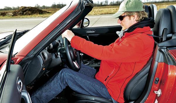 mazda mx-5 roadster asientos