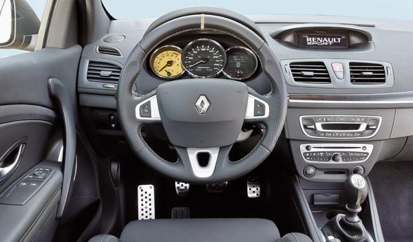Renault Mégane RS Trophy interior salpicadero