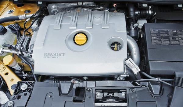 Renault Mégane RS Trophy interior motor